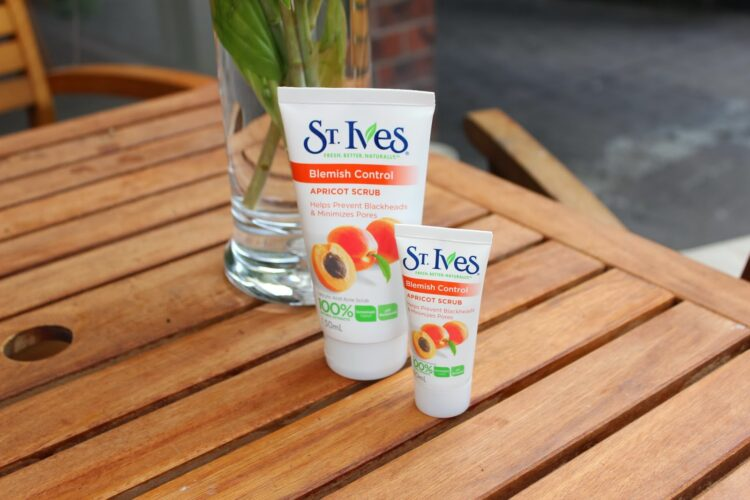 Review st Ives Blemish Control Apricot Scrub Indonesia